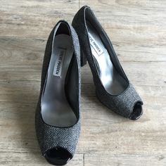 FLASH SALE STEVE MADDEN Heels Perfect for a pencil skirt and blazer! Steve Madden Shoes