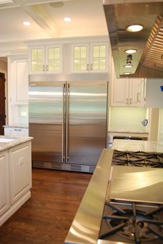 Affordable Kitchen Remodeling Contractor for Small & Large Kitchens Alike. Located in Geneva IL — Southampton Kitchen Contractors, Remodeling Contractors, Large Fridge Freezer, Sub Zero Appliances, Home Additions, Custom Cabinetry, Luxury Kitchens, Southampton, Custom Homes