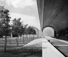 onsomething:  Louis Kahn | Kimbell Art Museum, 1966-72 Fort WorthPhoto by Balthazar Korab