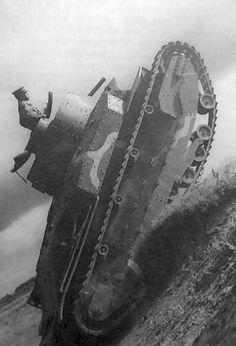 八九式軽戦車 写真集