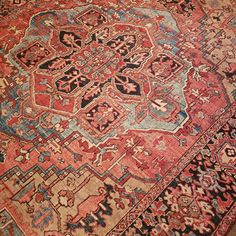 Blue And Orange Living Room, Coral Living Rooms, Living Room Redo, Rugs In Living Room, Southern Style Decor, Red Oriental Rug, Family Room Colors, Paisley Bedding, Reiki Room