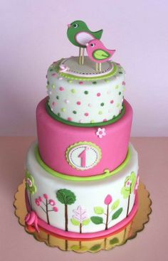 Pink and green birdie cake i like the light and joyfull concept of the cake