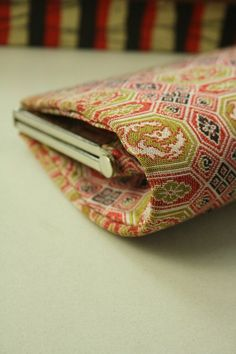 Clutch Bag, Shokkou Pattern / 赤地 蜀江風文様 クラッチバッグ   #Kimono #Japan http://www.rakuten.co.jp/aiyama/
