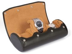 Travel and storage watch roll for 3 watches, with display function, made from top-quality, smooth brown leather. This swiss-design watch box features a slide-in system with flexible cushions and provides excellent protection for precious watches. Dark Brown Leather, Natural Leather, Calf Leather, Watch Box, Watch Case, Swiss Design, Bracelet Sizes, Soft Fabrics, Calves