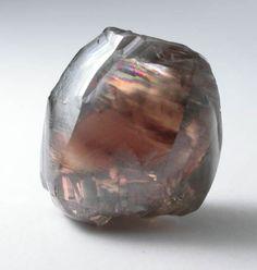Diamond (4.00 carat brown complex crystal) from Mwadui, Shinyanga, Tanzania/ Mineral Friends <3