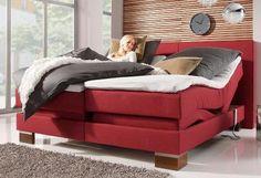 Schlaf Dich glücklich mit diesem bordeauxrotem Boxspringbett! Für den optimalen Komfort sind Fuß- und Kopfteil mit einer Fernbedienung stufenlos verstellbar.
