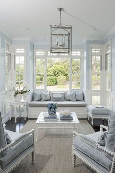 Cozy French Country Living Room Decor Ideas - Page 42 of 50 - House Inspiration Coastal Living Rooms, House Design, French Country Living Room, Country Dining Rooms, French Country Decorating Living Room, Home, Sunroom Designs, French Country Dining Room, Living Room Designs
