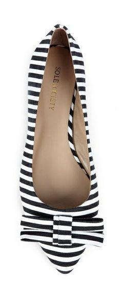 Striped bow flats // love.