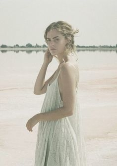 Kind of sea goddess inspired. Boho Gypsy, Bohemian Style, Boho Chic, Hippie Style, Chelsea, Forever, Spring, Boho Fashion, Beautiful People