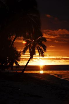 Sunset in Cook Islands Aitutaki