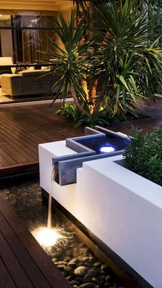 If you are considering lighting your garden/landscape, do remember firstly that a little light goes a long way at night. See our top garden lighting tips and ideas below to help you light beautifully and use the right exterior light… Continue Reading → Terrasse Design, Patio Design, House Design, Backyard Patio, Backyard Landscaping, Landscaping Ideas, Modern Landscaping, Garden Lighting Tips, Outdoor Lighting