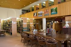 The Worcester Art Museum Library, founded in 1909, is a bibliographic resource dedicated to the history of art reflecting the collection strengths of the Museum. The Library is managed in association with the College of the Holy Cross.