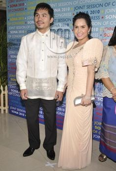 The entertainment news and lifestyle website in the country covers everything showbiz, anything relevant and helpful to its readers, and all things extraordinary. Philippines Dress, Barong Tagalog, Filipiniana Dress, Filipino Fashion, Maria Clara, Traditional Dresses, Red Carpet, It Hurts, Career