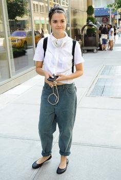 Maia Mitchell - Maia Mitchell Runs Errands in NYC