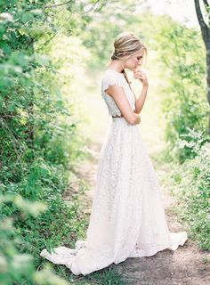 Two Piece Gown. Perfect for a non-traditional bride. Photo by Kayla Barker | mysweetengagement.com
