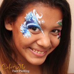 Inspired by @blazinbrushbodyart line work. It's simple but I love it! And I love these snowflake stencils #facepaint #colormefacepainting #christmas #onestrokepainting #orangecounty #snowflake #winterfestoc