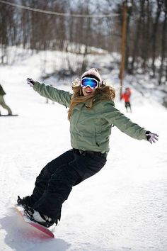 Winter Fun, Winter Jackets, Fashion, Winter Coats, Moda, Winter Vest Outfits, Fashion Styles, Fashion Illustrations