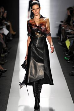 Ralph Rucci Fall 2013 Ready-to-Wear Collection Slideshow on Style.com