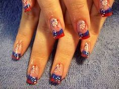 4th of July nails... awesome design............even though id never need them....