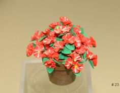 Learn to make dollhouse miniature flowers by IGMA Artisan Era Pearce