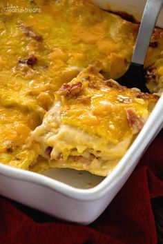 Ham & Cheese Overnight Breakfast Lasagna Recipe ~ Layers of Lasagna Noodles Stuffed with a Delicious Cheese Sauce, Bacon and More Cheese! Prep this the Night Before and Enjoy it for Breakfast or Brunch! ~ http://www.julieseatsandtreats.com