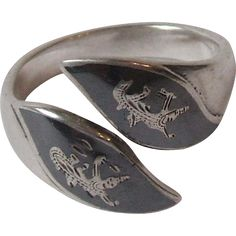 Vintage Siam Black and Sterling Silver Niello Ware Adjustable Ring