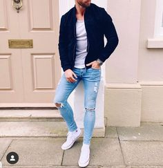 visit our website for the latest men's fashion trends products and tips . Curvy Outfits, Casual Outfits, Fashion Outfits, Men's Fashion, Fashion 2020, Fashion Trends, Fashion Tips, Latest Mens Fashion, Daily Fashion
