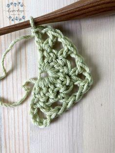 Lilla Shawl a Free Crochet Pattern – ChristaCoDesign Crochet Triangle Pattern, Prayer Shawl Crochet Pattern, Crochet Butterfly Pattern, Crochet Shawl Free, Crochet Cape, Crochet Shawls And Wraps, Crochet Motif, Crochet Patterns, Crochet Vests
