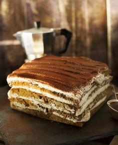 Ír kávékrémes süti | Street Kitchen Hungarian Recipes, Le Chef, Sweet Cakes, Cakes And More, Cake Cookies, Sweet Recipes, Food Photography, Sweet Treats, Food And Drink