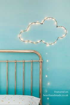 DIY cloud wall hanging with fairy lights, child's room decor, strung lights, neon sign, nursery decor Handmade Home Decor, Diy Home Decor, Diy Kids Room, Diy Luz, Diy Lampe, Christmas Fairy Lights, Diy Christmas, Deco Kids, Sweet Home