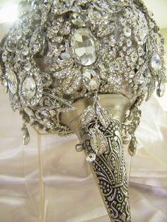 wedding bouquet with victorian tussie mussie