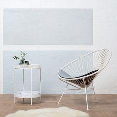 Acapulco Chair and Ami side table by OK Design #acapulcochair #okdesign #danishdesign #interiordesign #outdoorfurniture #50s #furnituredesign #cooldesignfromthenorth