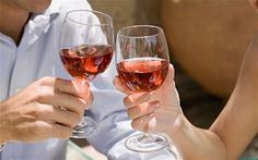 Those who consider themselves to be a wine lover (oenophile), a wine fan (aficionado) or a wine connoisseur will appreciate a visit to the five wineries rated among the best near Pittsburgh. Best Rose Wine, Wine News, Wine Sale, Stained Teeth, Homemade Wine, Rice Wine, Wine Online, Shipping Wine, Shipping Boxes