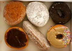 six donuts by Flickr user rene-germany
