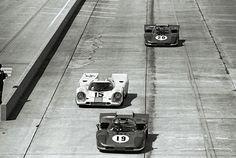 Ferrari 512S vs Porsche 917K at Sebring 1970