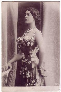 19th Century Fashion History   19th Century: Fashion History / Lina Cavalieri