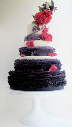 purple ruffle wedding cake design with red flower accents Beautiful Wedding Cakes, Gorgeous Cakes, Pretty Cakes, Cute Cakes, Amazing Cakes, Cake Wedding, Mod Wedding, Wedding Reception, Rustic Wedding