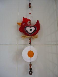 Angela Maria Artesanto: Pingente galinha