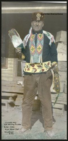 WHIRLING THUNDER - WINNEBAGO MEDICINE MAN , circa 1930