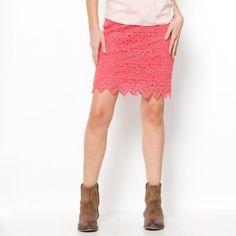 Jupe courte en guipure pur coton