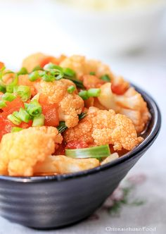 Easy Cauliflower Stir-Fired with Tomatoes