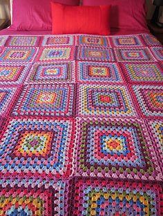 Ravelry: leahmax's Giant Granny Square Blanket