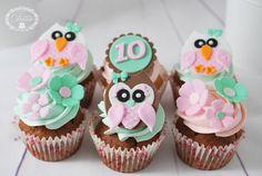 Owl cupcakes - Cofetaria Dana https://www.facebook.com/cofetariadanaturda http://www.cofetariadana.ro/ #owlcupcakes #owls #cupcakes