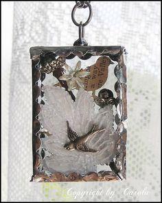 "Soldered glass trinket box ""Birds & nests"""