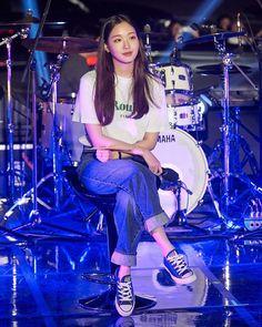 Korean Actresses, Korean Actors, Actors & Actresses, Korean Idols, Tennis Fashion, Kpop Fashion, Guys And Girls, Kpop Girls, Kim Go Eun Style