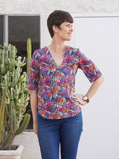DIY Floral Blouse – Review of the Dove Blouse by Megan Nielsen