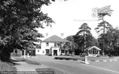 Banstead, the Victoria Hotel c1960