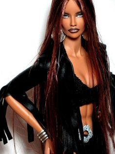 Fashion Royalty ITBE Illusive repaint reroot Doll by Claudia Barbie Fashionista, Beautiful Barbie Dolls, Pretty Dolls, Fashion Royalty Dolls, Fashion Dolls, Manequin, Barbie World, Barbie Barbie, Barbie Life