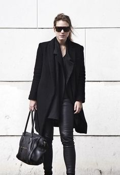Style: Minimal + Classic:  perfect in black