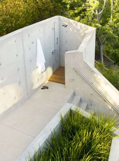 The Banyan Treehouse Outdoor Shower | Remodelista